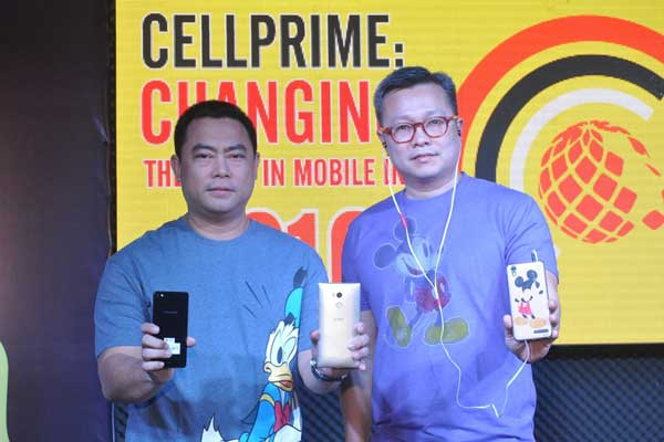 The makers of CloudFone, Cellprime, has rolled out a broad spectrum of mobile devices through their collaborations and partnerships with global and local brands. Here pictured, (from left) Jaime Alcantara, Cellprime Chief Operating Officer, and Eric Yu, Cellprime President introduces devices from (with Jaime) Hyundai, Gionee, and (with Eric) Disney accessories.