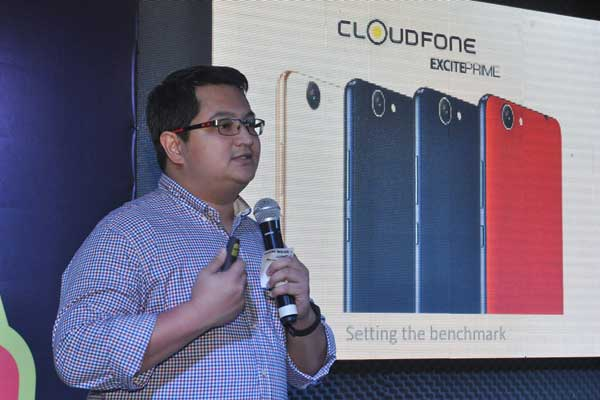 Azer Villola, CloudFone Product Development Head