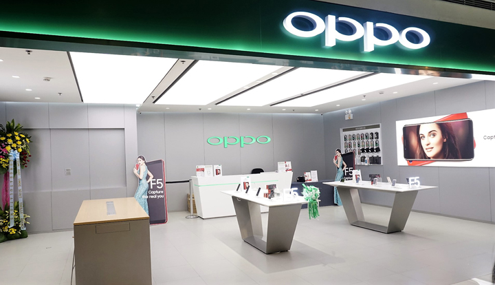 Opening of the OPPO Concept Store at SM Megamall with Coleen Garcia.