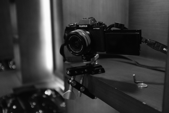 Experience the power of vlogging with Fujifilm X-T100
