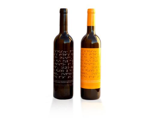 Bauds Lazarus wine with Braille label