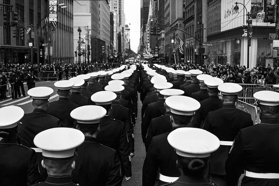 Military parade on Veterans Day, Manhattan, New York, November 2015 (© 2016 Cédric von Niederhäusern)