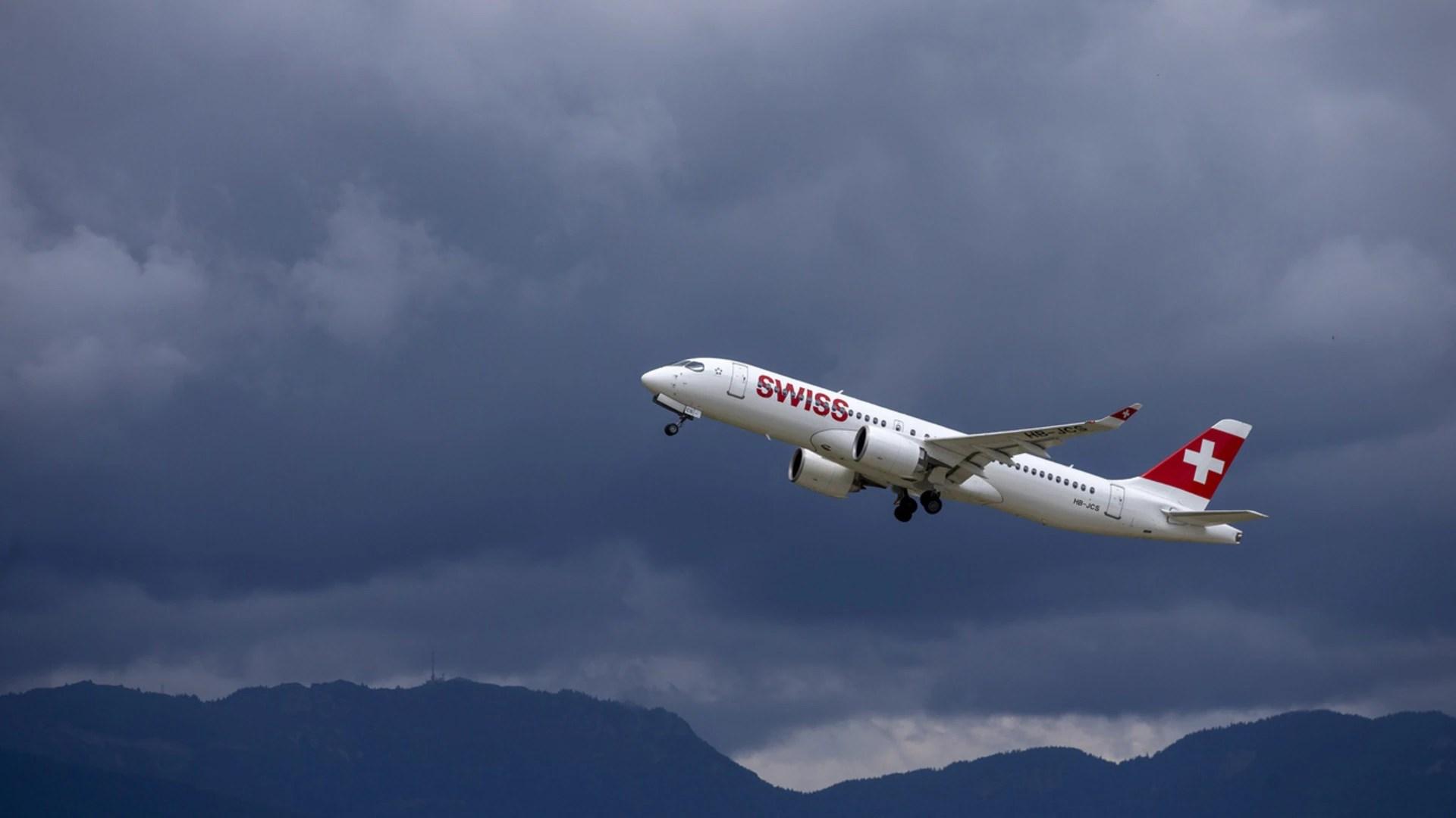 SWISS cuts Geneva flights to 'absolute minimum' - SWI swissinfo.ch