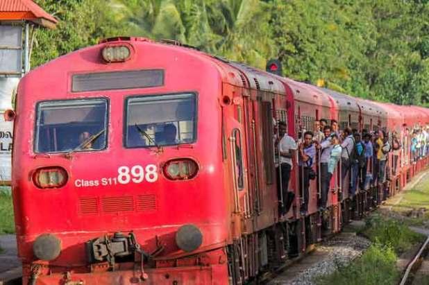 1527583925-train_L