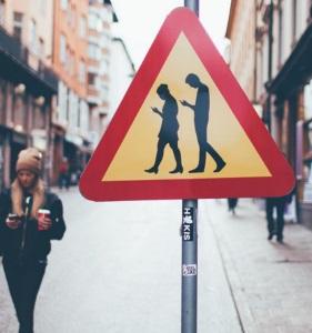 Varning för mobilpratare