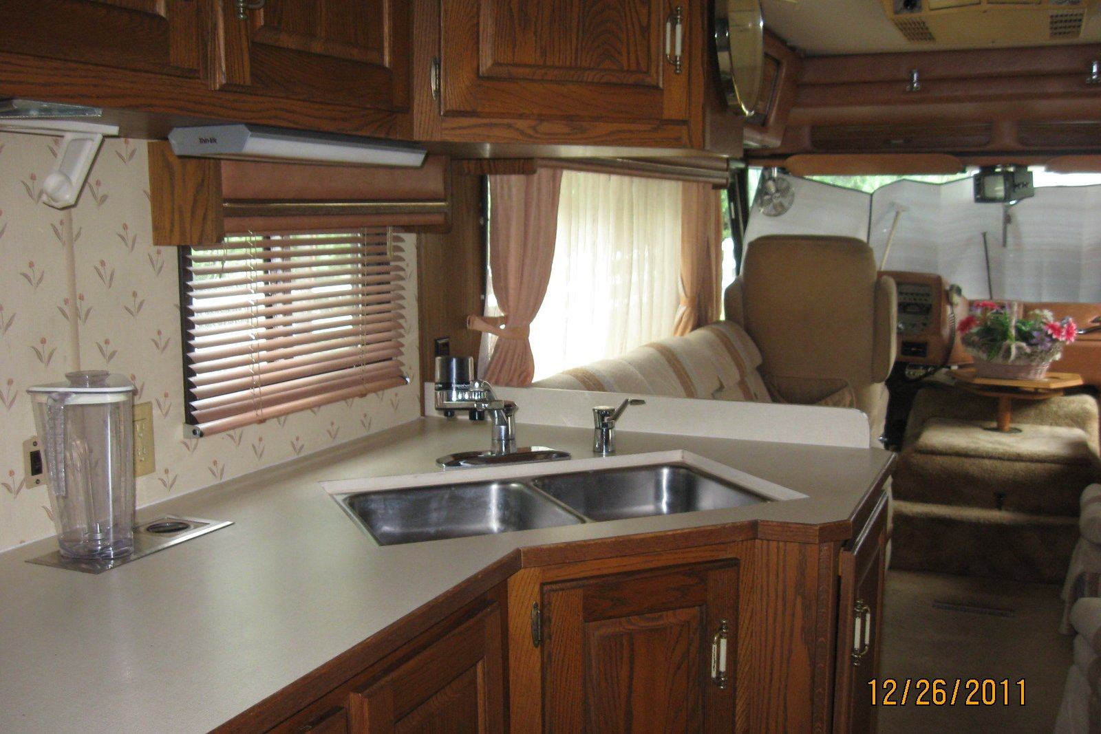 1985 Holiday Rambler Imperial 33