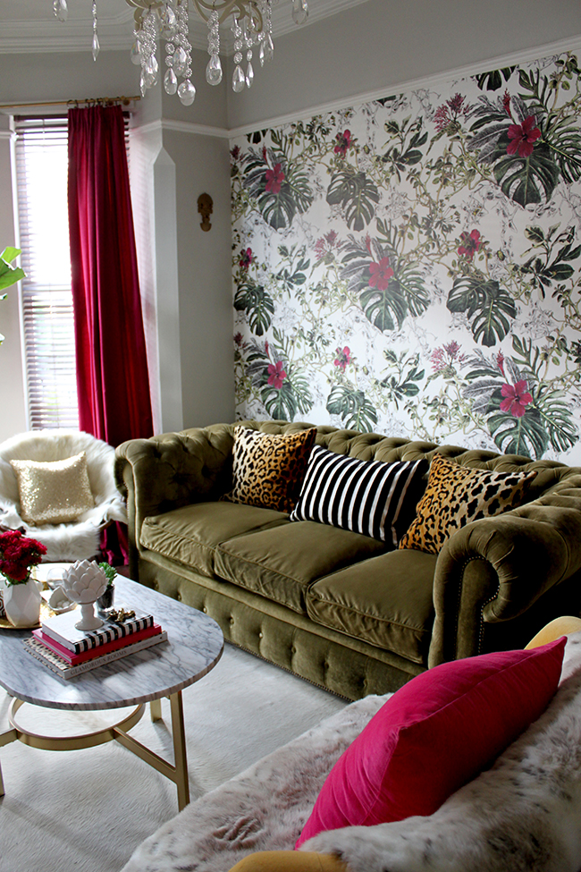 How To Create A Feature Wall With Wallpaper Swoon Worthy