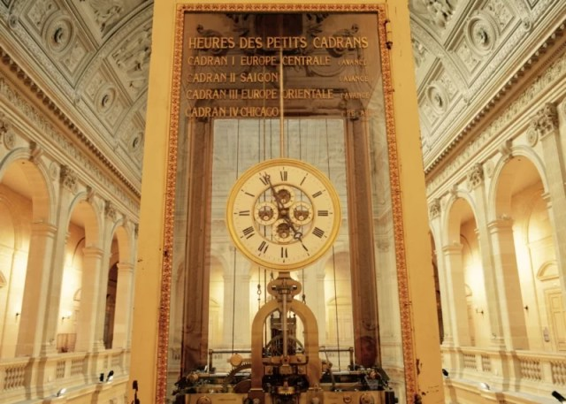 Celebrating Heritage Days in Marseille, France Chambre de commerce world clock