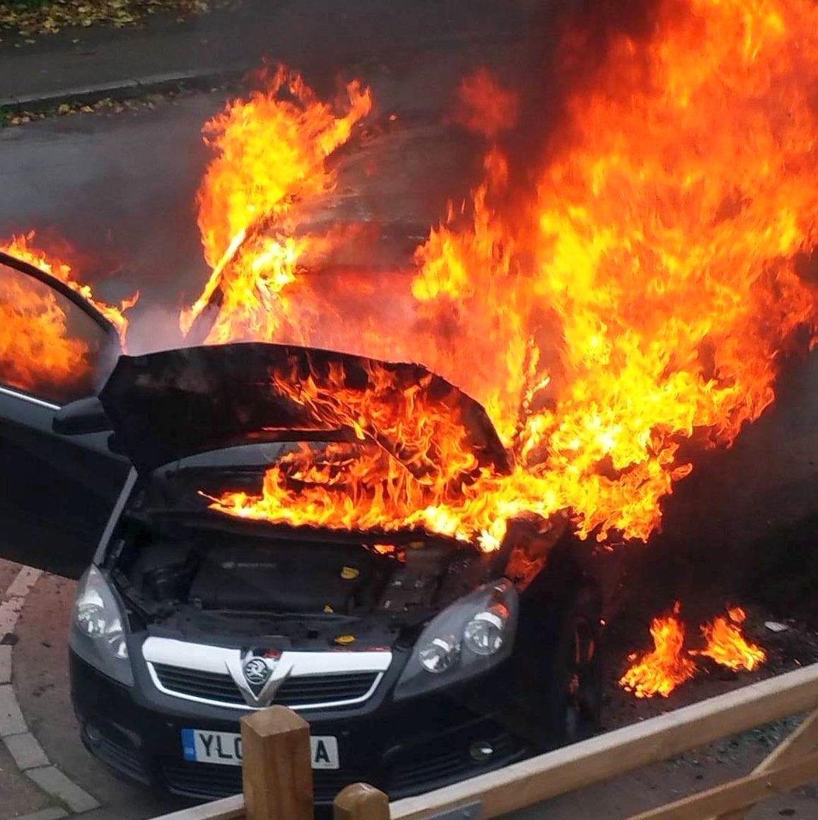 Vauxhall Zafira fires: all Zafira B models recalled again