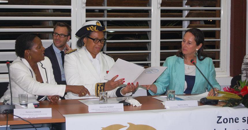 Ramona Connor, 2ème Vice Présidente de la Collectivité de Saint-Martin, Marcelle Pierrot, Préfète de la Région Guadeloupe, Ségolène Royal, Ministre de l'Environnement, du Développement durable et de l'Energie