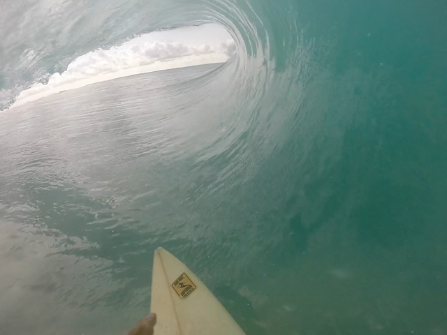 SXM-Surf-Explorer-Franck-barrel-Secret-Caribbean