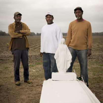 Willis Reed Sr, Willis Reed Jr, Dwayne Trepagnier, Waterproof, Louisiana ©Forest McMullin
