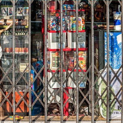 Closed on Sundays #01 ©Mark Indig