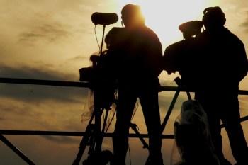 ظهرت في السنة الأخيرة العديد من الأفلام الوثائقية لتثري التيار السينمائي المتعلّق بالثورة والذي حاكى الواقع ووثّق تاريخ ثورة شعبية