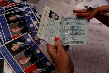 مرسومٌ من بشار الأسد يقضي بسلسلة تعديلات قنصلية للسوريين خارج البلاد