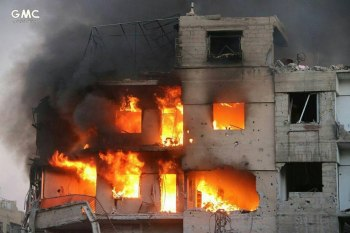 ارتكب النظام السوري والروسي مجزرة مروعة بحق عائلة مكونة من أب وأم و5 أطفال، جراء استهداف الطائرات الحربية بعدة غارات جوية بلدة جزرايا بريف حلب الجنوبي