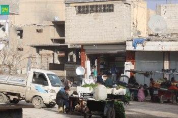 أسواق مدينة الرقة تبثّ الروح في المدينة المدمرة.. وبانتظار عودة أهلها