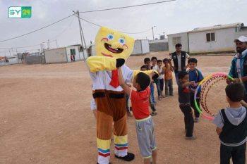 """""""اللعب بالهواء الطلق"""" مشروع ترفيهي لأطفال مخيم الزعتري"""