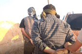 أمني تنظيم داعش يرمي نفسه من الطابق الرابع في سرمين بريف إدلب