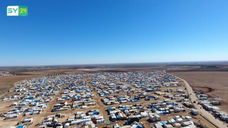 صور جوية لأحد أكبر مخيمات النازحين السوريين