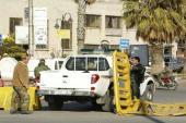 قوات النظام تفرض إجازات يومية على الأهالي للخروج من منازلهم في حمص
