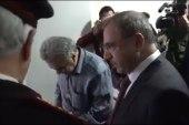 بالفيديو: وزير سوري يفصل موظف بسبب 50 ليرة زيادة!