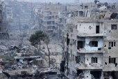 """في مخيم اليرموك.. النظام يبدأ إعادة الإعمار بترميم مقر """"حزب البعث""""!"""