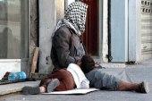 وزيرة سورية تطالب بسجن المتسولين بدلاً من رعايتهم!