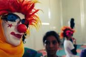 المسرح.. وسيلة للاجئين السوريين لنشر الفرح في مخيم الزعتري