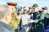 مسؤول إيراني يلتقي بقيادات من الحرس الثوري في دير الزور