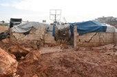 الموت يطاردهم إلى الخيام .. وفاة طفلة بانهيار جدار في إدلب