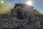 بثياب العيد.. مقتل طفل يتيم الوالدين بغارة جوية للنظام على بلدة حاس في إدلب