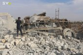 نيران روسيا والنظام تستهدف إدلب.. وخسائر كبيرة لجيش النظام في اللاذقية