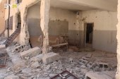 معلم يوثق لحظة استهداف مدرسته بنيران روسيا في إدلب