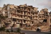 """فخ """"إعادة الإعمار"""".. مدن وضواحي سورية بنكهات إيرانية!"""