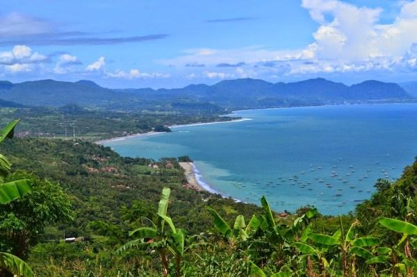 Pantai Sawarna dari Ketinggian