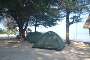 Tempat Berkemah di Pulau Pari 2