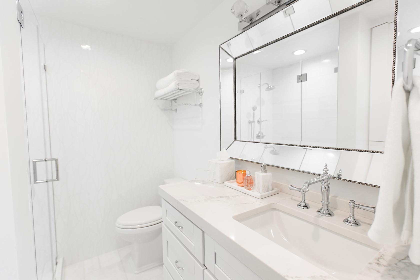 White Marble Bathroom Decor Ideas