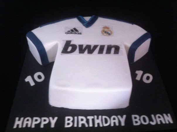 Real Madrid Jersey Cake