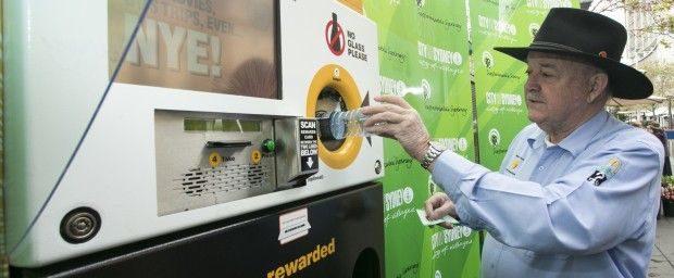 Clean Up Australias Ian Kiernan using the Citys reverse vending machines 620x256