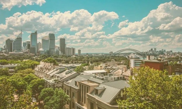 How to Find an International Moving Company You Can Trust With Your Move to Australia