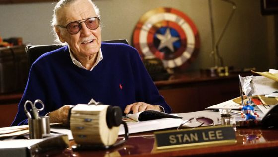 STAN LEE BIOGRAPHY AGE HEIGHT WIFE FAMILY NET WORTH HOUSE WIKI