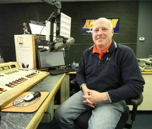 Rod Bramblett The Voice Of Auburn Tigers And Wife Involved In Fatal Car Accident