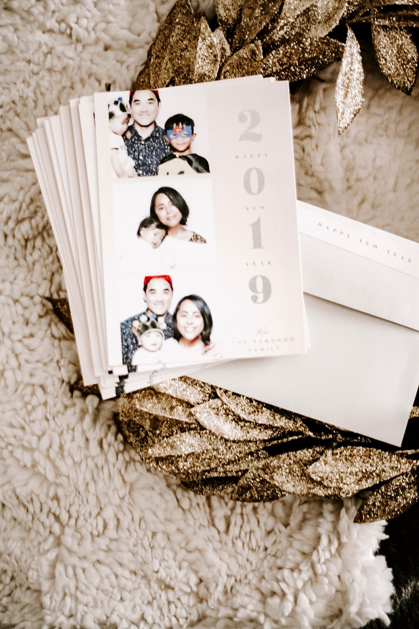 Minted | HOLIDAY: BEST PERSONALIZED NEW YEAR CARDS FOR FAMILIES featured by top San Francisco lifestyle blogger Sylvie in the Sky