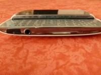 Bild - Kopfhöreranschluss (herausgeschobene Tastatur)