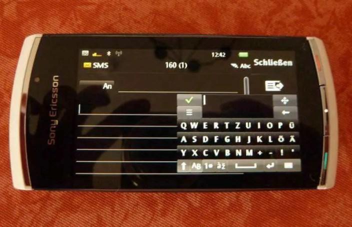 Bild - kleine Qwertz-Tastatur auf Display