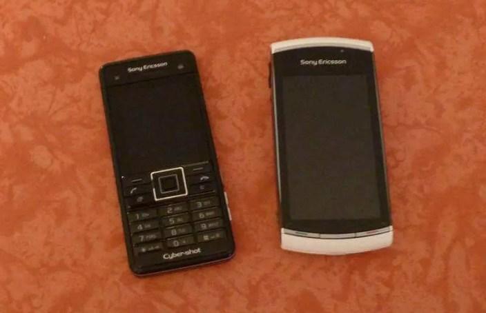 Bild - Vorgänger C902i und Nachfolger Vivaz Pro