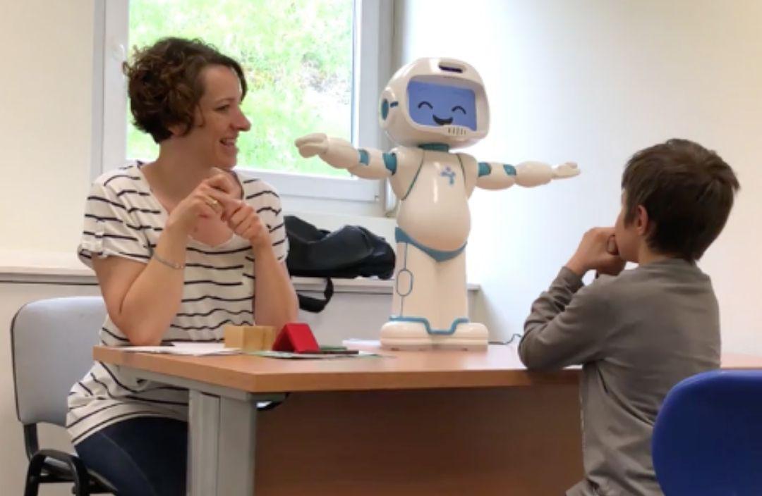QTrobot facilitateur