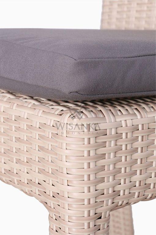 Victoria Bar Chair with Seat Cushion outdoor rattan furniture Detail 2