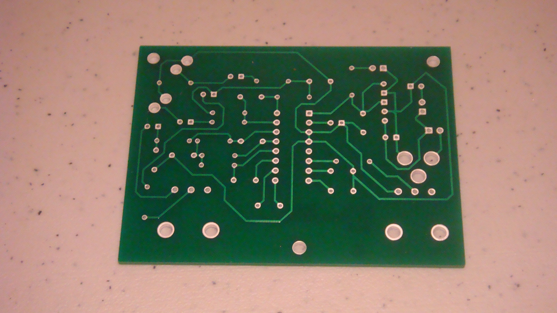 hight resolution of the bottom layer of our pcb is where we will be soldering our leads and wires